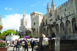 Avignon, Provance, Ama Waterways, Cruisereiser, Nordmanns-Reiser
